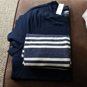 Old Navy Infinity scarf and NWT fitted tshirt
